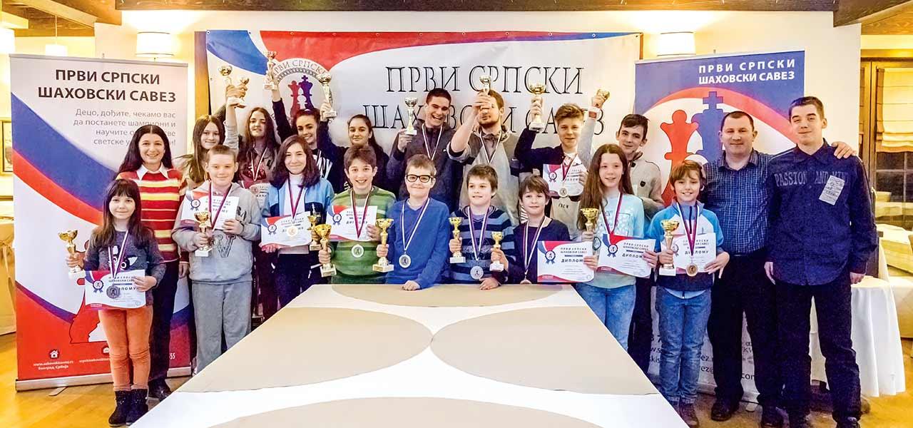 Победници у брзопотезном шаху